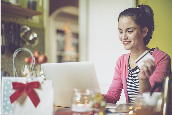 Keep your spending under control at Christmas